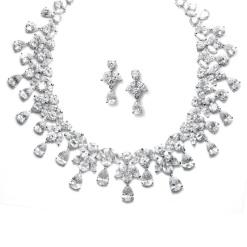 https://mariellonline.files.wordpress.com/2014/07/glamorous-hollywood-necklace-and-earring-set.jpg
