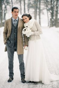 Winter Wedding - Snowy Walks